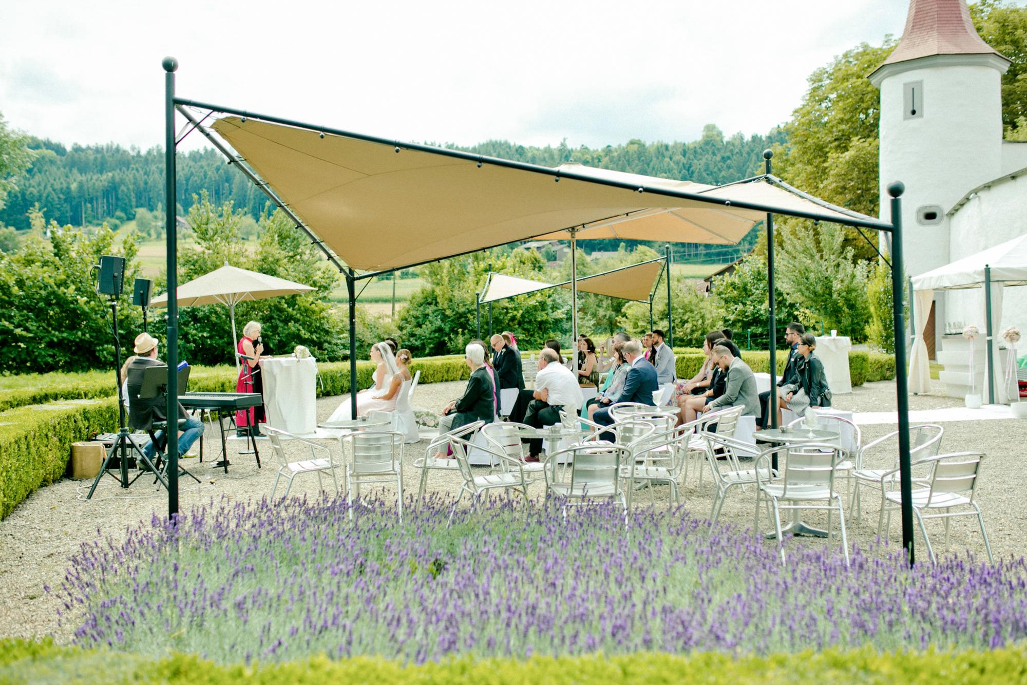 Freie Trauung - Schloss Wyher in der Schweiz - Luzern